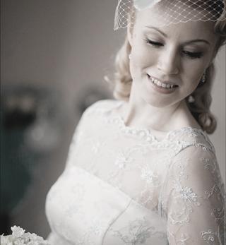 Свадебное платье из голубого кружева в стиле 50-х / new-look