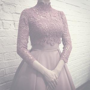 Венчальное платье цвета засушенной розы в стиле new-look