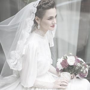Свадебное платье в викторианском стиле