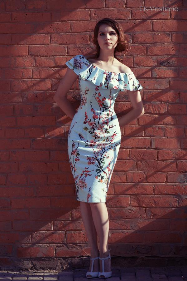 Таисия Кирцова   Платье с цветами сакуры