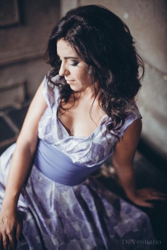 Сиреневое платье Таисия Кирцова